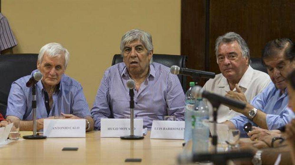 Moyano, Caló y Barrionuevo unen sus reclamos por Ganancias y le ponen fecha a la marcha al Congreso