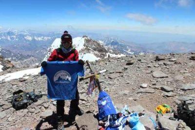 Natalia Garrido: la primera mujer azuleña en hacer cumbre en el Aconcagua