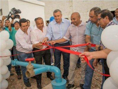Gerardo Morales inauguró obras de agua potable y sanitarias en Santa Clara y San Pedro