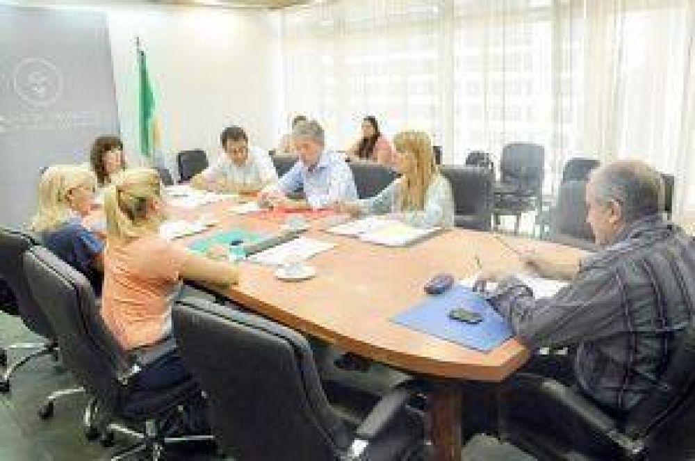 El oficialismo adelantó dictamen favorable para los proyectos de endeudamiento