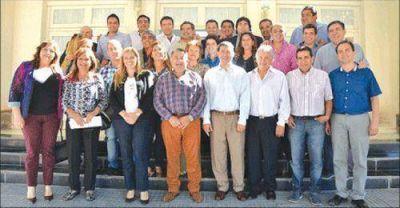 Casas defendi� el apoyo a la Naci�n ante diputados del PJ