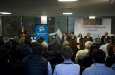 Manzur llevó a la Cámara ideas para la reforma