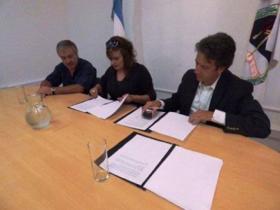 AMBIENTE Y CIENCIAS AGRARIAS FIRMAN ACUERDO FAVORABLE AL PATRIMONIO NATURAL