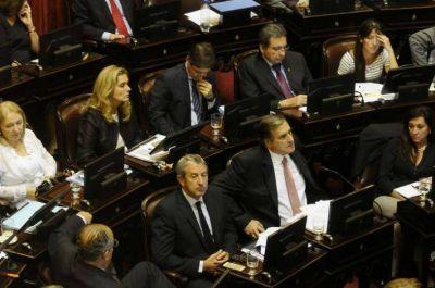 """Rozas dijo que votar a favor de la deuda """"no es traición a la coherencia política"""""""