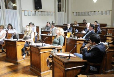 El FR irá al Tribunal de Cuentas por la licitación para el show Tandil Brilla
