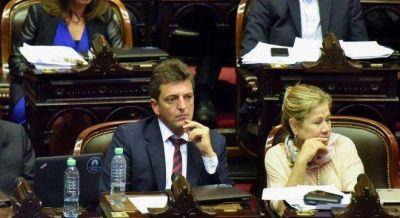 Peligran los cambios en Ganancias por la pelea de Macri con Massa y van por los diputados de Bossio