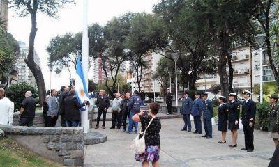 Mar del Plata rinde homenaje a los caídos en Malvinas
