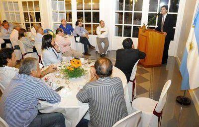 Urtubey inst� a los intendentes a profundizar el crecimiento de Salta