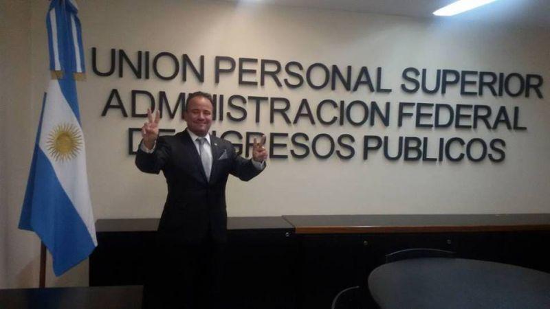 L�der del personal jer�rquico de AFIP celebr� la unificaci�n de la CGT