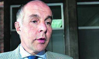 La oposición insiste y pide una reunión urgente con Amado