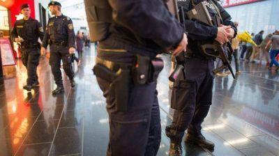 Bruselas: fuerte operativo policial en la reapertura del aeropuerto a 12 d�as de los ataques