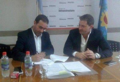 Castelli firmó convenio con el Instituto de la Vivienda Provincial