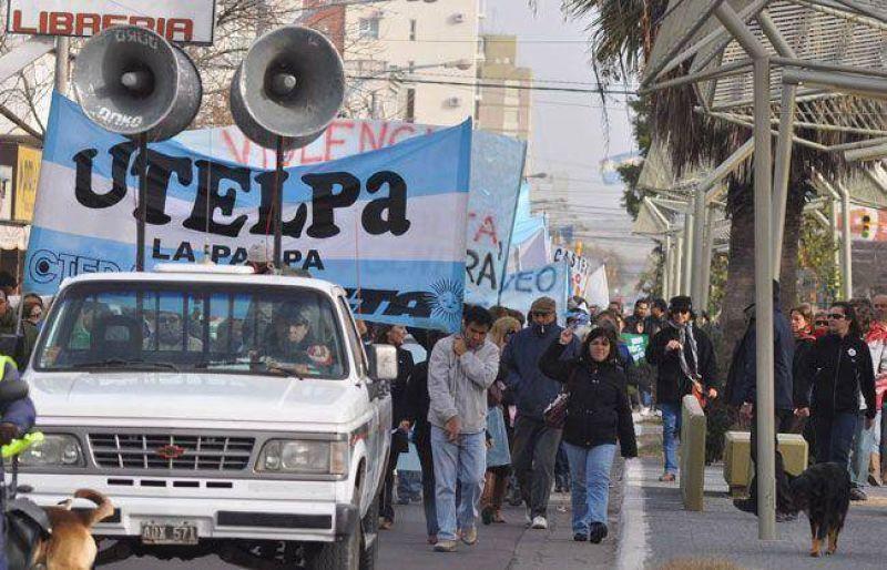 """UTELPa, al paro contra el """"ajuste"""" y por Fuentealba"""