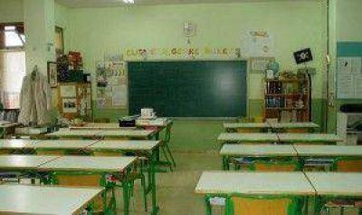 Los docentes van a paro este lunes en escuelas y universidades de todo el país
