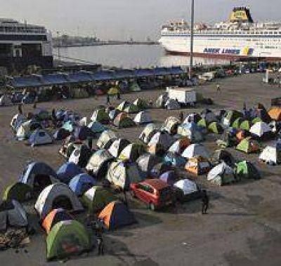 Europa empieza a deportar refugiados