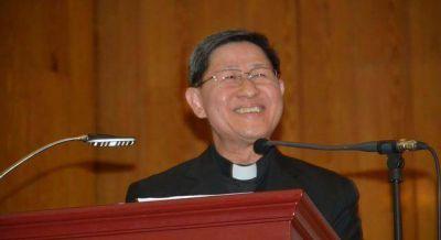 El cardenal Tagle, presidente de Cáritas Internacional, explica por qué Dios no elimina el sufrimiento