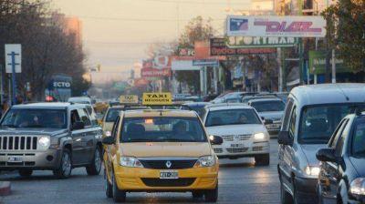Comienzan a debatir otro aumento: ahora, los taxis