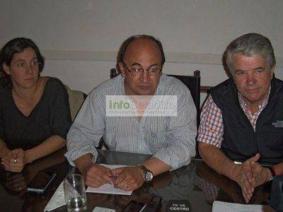 Alfredo Irigoin visitó Saladillo y se reunió con el Intendente Salomón y su equipo