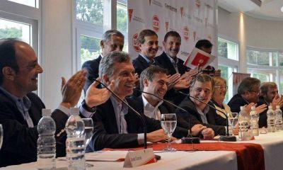 Con Macri presidiendo el acto, eligen a Mestre titular del Foro Nacional de Intendentes UCR