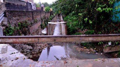 La obra de saneamiento del arroyo La Santiague�a registra un avance del 75%