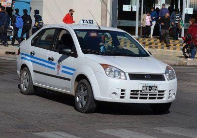 Taxistas analizan pedir un aumento de tarifa del 20 por ciento