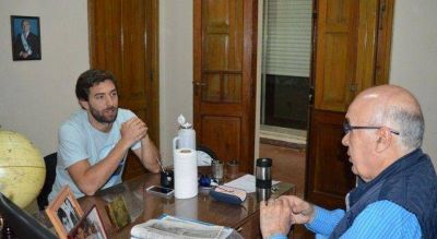 """""""Juani"""" Domínguez presidente del congreso de la juventud Radical de la pcia. de Bs.As se reunió con Gorosito."""