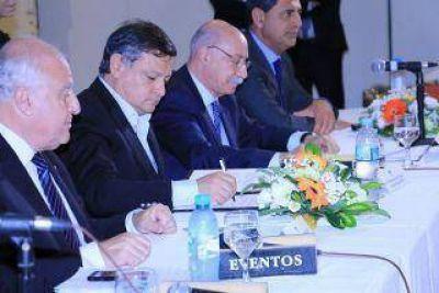 Chaco firmó un convenio de cooperación con otras provincias y el CFI
