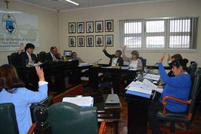 La mayor�a del Concejo Deliberante desplaz� todos los cargos que respond�an al acuerdo Bertone-Colazo