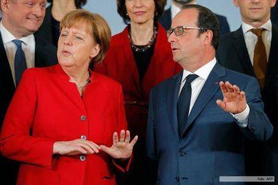 Hollande y Merkel defienden el acuerdo UE-Turquía en nombre de la zona Schengen
