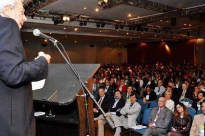 Chaco presente en congreso sobre pol�ticas de salud y tecnolog�a sanitaria
