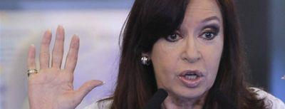 EE.UU. le avis� a Cristina que B�ez estaba fugando capitales