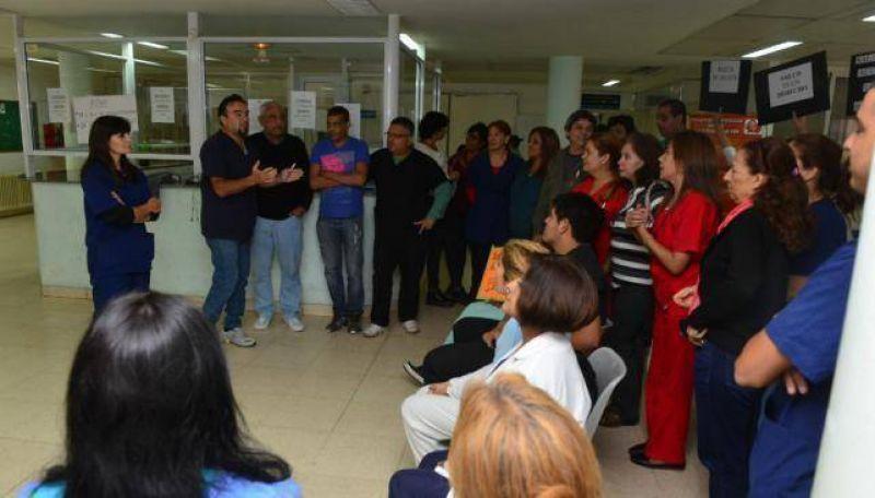 Hospitales provinciales: 28 días rebelados y divididos
