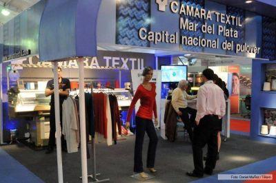 Textiles marplatenses acuerdan con el gobierno fortalecer al sector