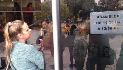 Bancor: echaron al gerente Simonella y los empleados realizaron asambleas