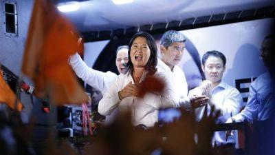 Los candidatos afinan en Perú sus estrategias para el balotaje