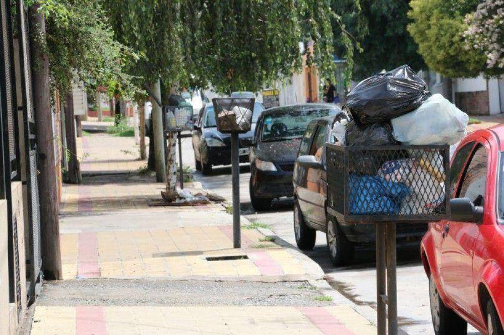 Los recolectores exigieron mejores condiciones y arreglo de calles