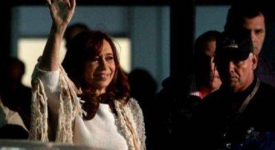 El PJ bonaerense sali� a defender a Cristina y calific� de �cortina de humo� a su indagatoria