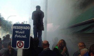 El método Vidal, esta vez en Bahía: cerco y gas pimienta para manifestantes