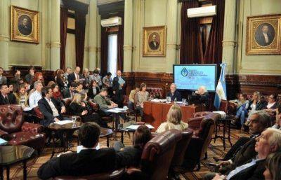 Un experto norteamericano denunci� la contaminaci�n de Veladero y cuestion� la pol�tica minera de Macri