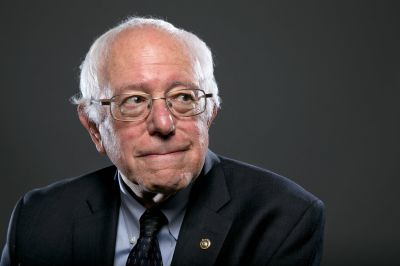 Sanders persigue superdelegados
