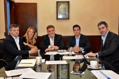 El gobernador Peppo firmó convenio con Nación para la ejecución de viviendas