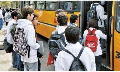 Avanza en el Concejo el boleto estudiantil gratis para colectivos