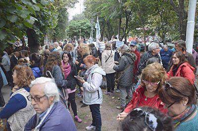 Manifestaci�n en solidaridad con Cristina frente a la C�mara Federal de Apelaciones