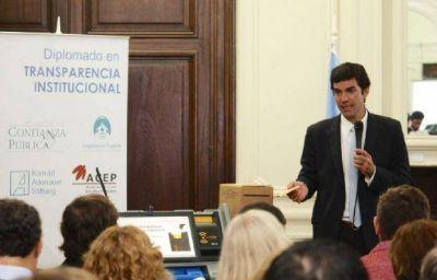 Urtubey present� la boleta �nica electr�nica en Buenos Aires