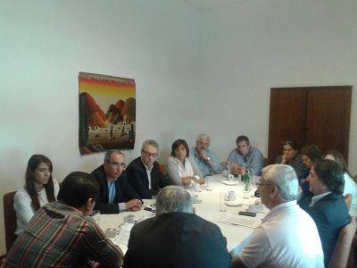 El FCS propone presentar recurso administrativo para frenar el tarifazo