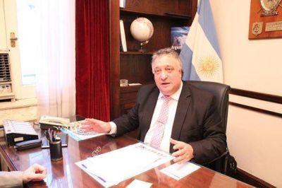 Daniel Lovera quiere frenar los despidos