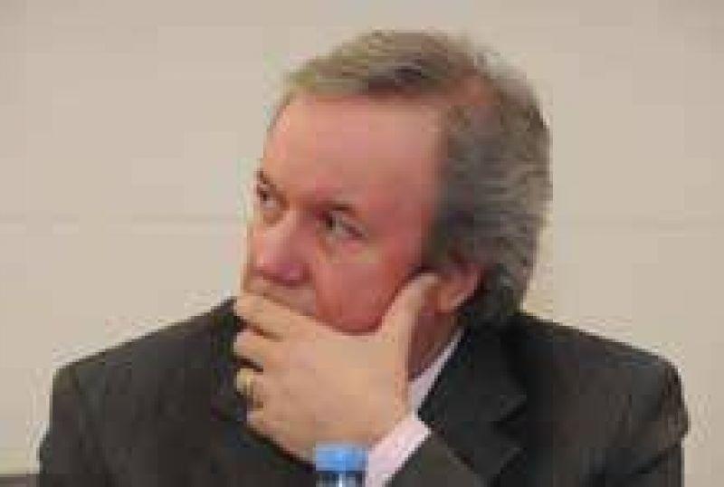 Peralta denunciaria penalmete a YPF por daños al medio ambiente