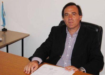 """Juan Aicega: """"El Estado le ha dado poca importancia a lo que es la educación"""""""
