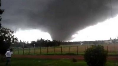 Uruguay: un tornado dejó cuatro muertos, 200 heridos y destrozos