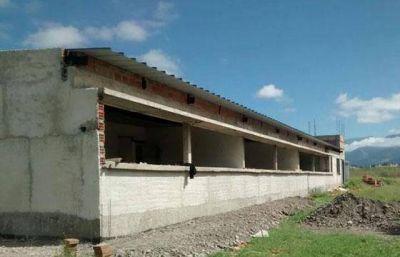 El Gobierno invierte más de $24 millones para construir tres nuevas escuelas de oficios